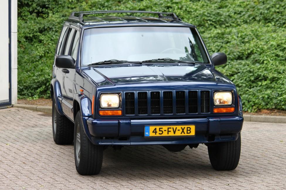 Jeep Cherokee 4.0L Automaat Classic TE LAAT!!