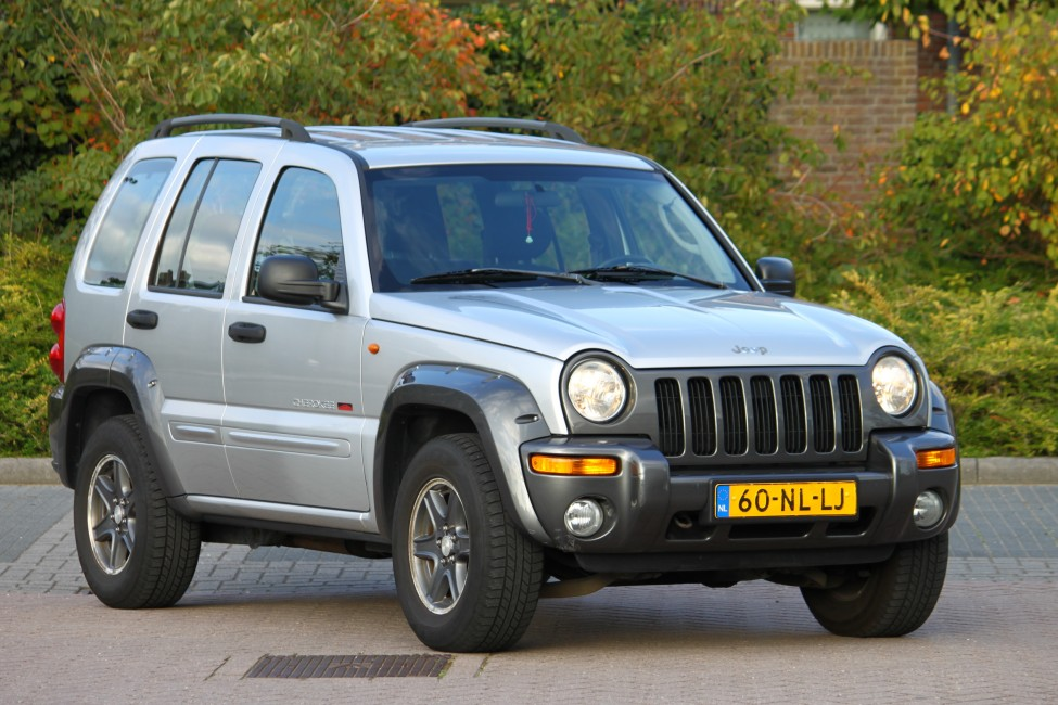 Jeep Cherokee 3.7iL V6 Red River Edition automaat TE LAAT!