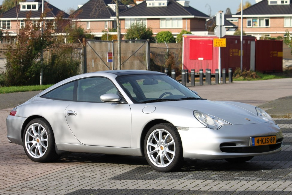 Porsche 911 3.6 Targa type 996 in een geweldige staat! TE LAAT!