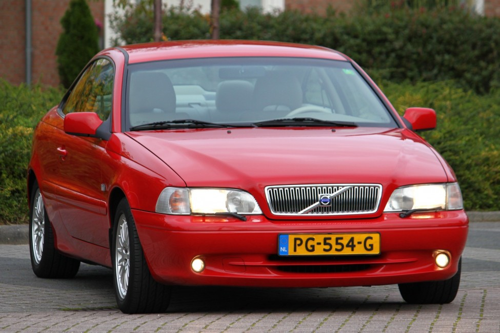 Volvo C70 coupé automaat 2.0T Youngtimer slechts 80dkm! UNIEK! TE LAAT!
