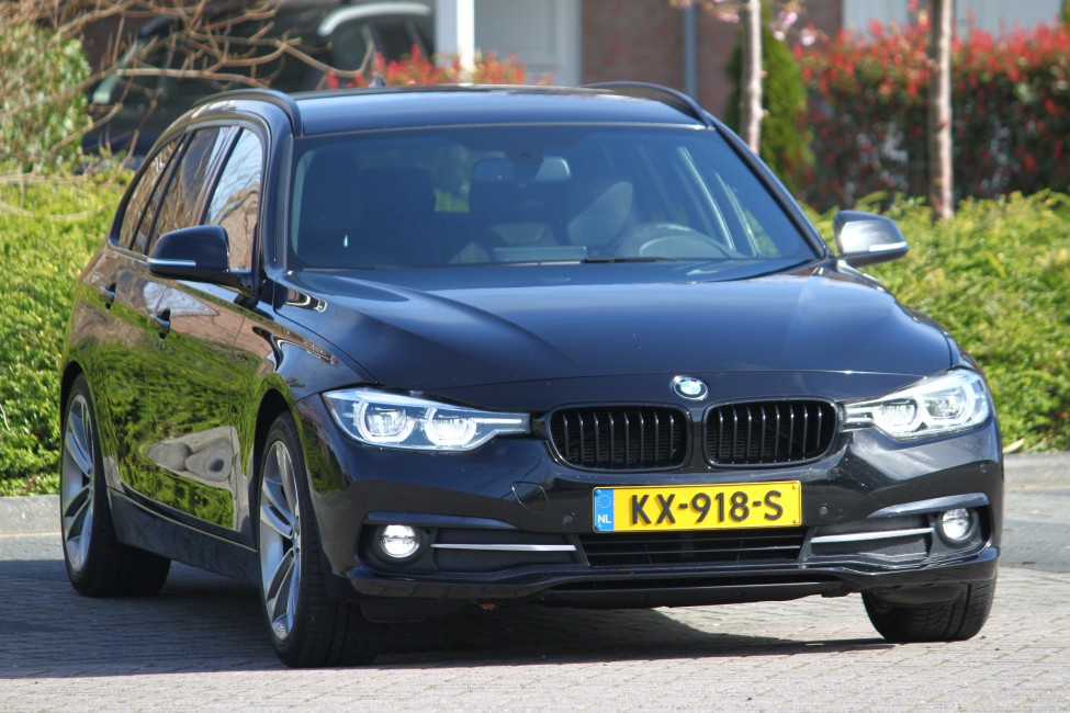 BMW 320d High Executive Touring Automaat